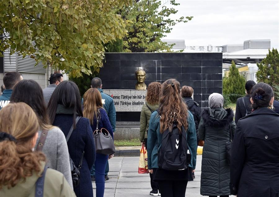 Cumhuriyetimizin Kurucusu Gazi Mustafa Kemal Atatürk, Vefatının 82. Yıl Dönümünde Saygı, Özlem ve Minnetle Anıldı